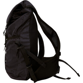 Peak Performance Light Backpack 7l black